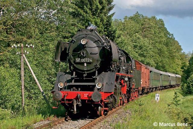 Dampflokomotive 50 0072-4 sagt SERVUS - Herbst-Dampftage im Bahnbetriebswerk Nördlingen